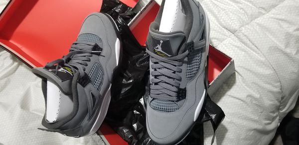 Jordan 4s Cool Grey size 11.5