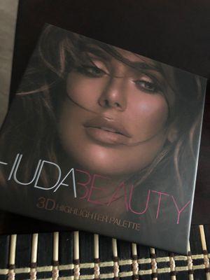 Huda Beauty 3D for Sale in Palmdale, CA