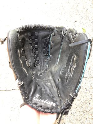 "Easton softball glove 12"" for Sale in Arden Hills, MN"