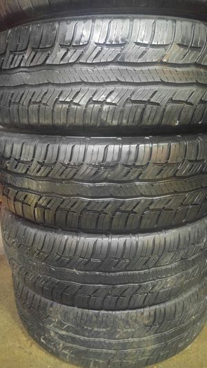 205/60/16 BfGoodrich tire set for Sale in Springfield, MA