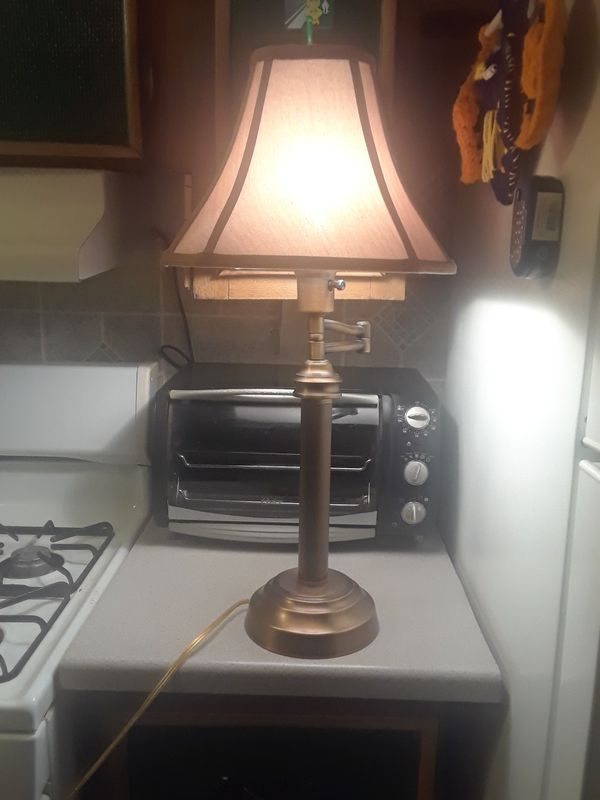 Lamp in good condition 25.