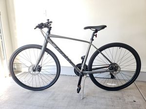 New GIANT Hybrid bike w/ Kryptonite lock for Sale in Tempe, AZ