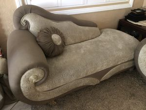Colonial Couches for Sale in Santa Ana, CA