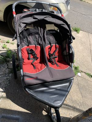 Stroller twin Baby trend expedition for Sale in Philadelphia, PA