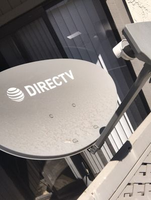 Direct TV High Def Satellite Dish. for Sale in Tolleson, AZ