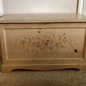 Bedroom set/ Girls/ Wood/ Handpainted for Sale in Alpine, CA
