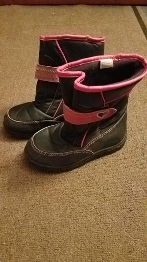Girls black and pink size 11 winter boots for Sale in Schenectady, NY