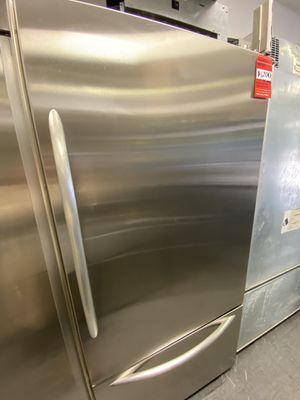 KitchenAid Top Refrigerator Bottom Freezer Stainless Steel for Sale in Long Beach, CA