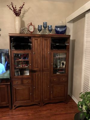 Entertainment center for Sale in Windermere, FL