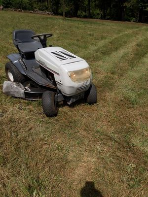 White mtd riding lawn mower for Sale in Andrews, NC