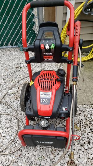 2600 psi pressure washer for Sale in Brook Park, OH