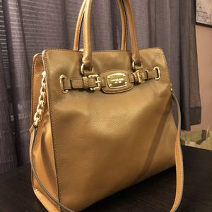 Michael Kors Large Camel Tote / Satchel for Sale in West Springfield, MA