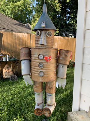 Vintage Rusty Metal Coffee Can Wizard of Oz Tin Man Heart Wind Chime Flower Garden Hanging for Sale in Houston, TX