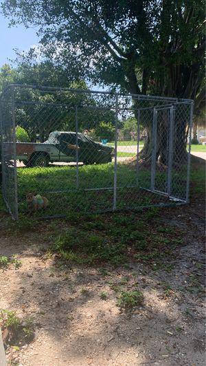 dog cage for Sale in Boynton Beach, FL