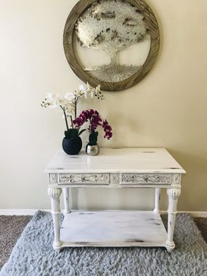 Sweet Cottage Console Sofa Table for Sale in Deltona, FL