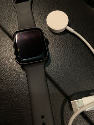 Apple Gts Watch SSeries 4 44 MM for Sale in Oakland, CA