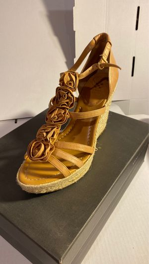 VINCE CAMUTO VC-DOMINIC BLONDE NAPPA size 9,5 for Sale in Philadelphia, PA