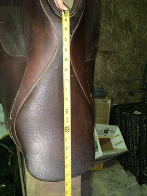 English saddle for Sale in Willow Spring, NC