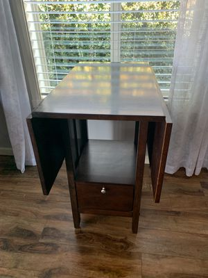 "Solid wood folding table !!! 39"" D 36"" H 49"" L for Sale in Vancouver, WA"