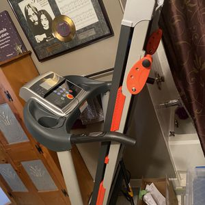 Sunny Treadmill SF-T4400 for Sale in Gaithersburg, MD