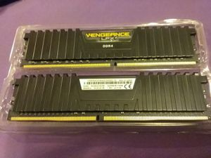 2 VENGEANCE LPX DDR4 64GB RAM 3000MHz for Sale in Hopewell, OH
