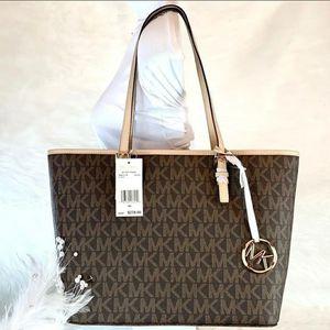 Michel Kors Lg Tote Bag for Sale in Temecula, CA