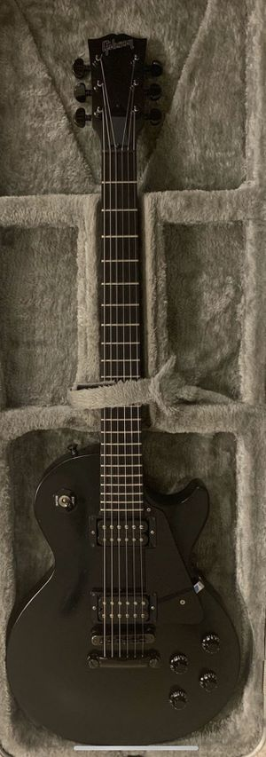 2000 Gibson USA Goth Gothic Les Paul with hard shell case for Sale in La Puente, CA