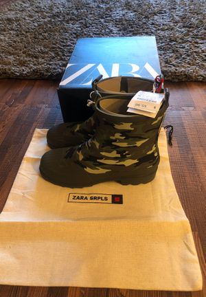 Zara girl's rain boots size 3.5 for Sale in Brooklyn, NY