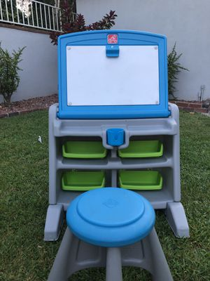 Kids desk for Sale in Downey, CA