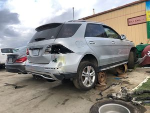"14 Mercedes ML350 ""for parts"" for Sale in San Diego, CA"