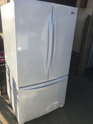 LG refrigerator for Sale in Santa Maria, CA