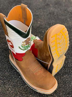 Work boots (botas de trabajo) for Sale in Mesa Grande, AZ