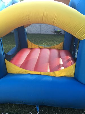 Children's Bounce House for Sale in Dracut, MA
