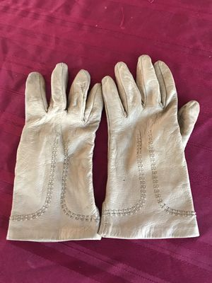 65105a25f Tan leather gloves for ladies size 7. Vintage soft for Sale for sale West  Palm
