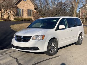 2015 DODGE GRAND CARAVAN ! Carfax - 101 k miles for Sale in Willowbrook, IL