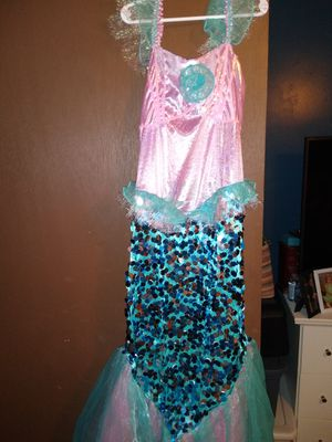 Size 10/12 mermaid costume for Sale in Swansea, SC