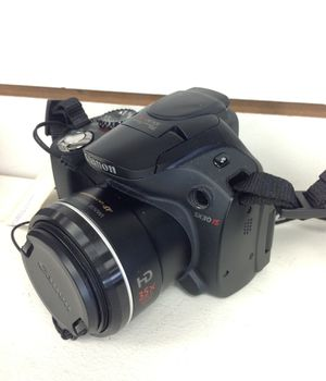 Canon SX30IS 14.1MP Digital Camera with 35x Wide Angle for Sale in Highland Beach, FL