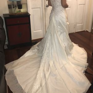 Wedding Dress - Ivory (Antique White) for Sale in Damascus, MD
