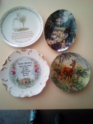 Decorative collection plate for Sale in Kissimmee, FL