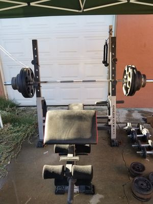 Bench press and dumbells for Sale in Riverside, CA