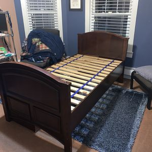 Twin Captains Bed In Good Condition FREE!!! for Sale in Woodmere, NY