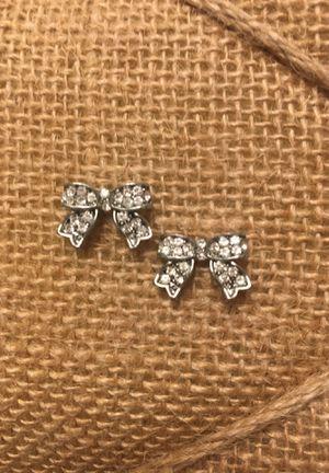 """Silver """"Diamond"""" Bow Earrings for Sale in Austin, TX"""