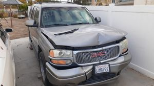 2000 GMC Yukon XL C2500 SLE for Sale in Hemet, CA
