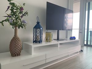 SALE !!! Tv stand !!!! for Sale in Miami, FL