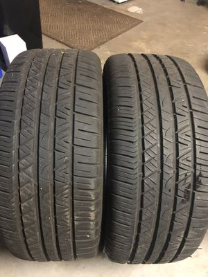 245/40/19 (2) cooper zeon rs3-g1 for Sale in Tampa, FL