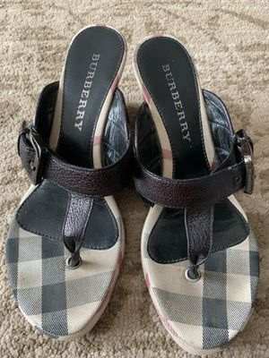 Burberry slip on sandal size 7 for Sale in Arlington Heights, IL