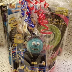 MONSTERS INC/DESPICABLE ME VALENTINE'S DAY, Birthday, OR Any-Occasion Gift Box. for Sale in San Fernando, CA