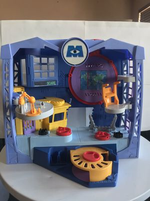 Fisher-Price Imaginext Monsters Inc. University Scare Floor Playset (2013) for Sale in Los Angeles, CA