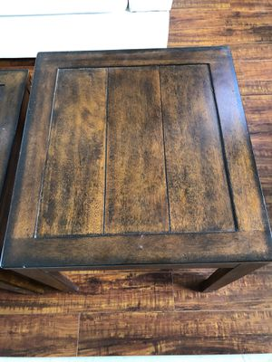 Coffee table and end table for Sale in Palmdale, CA