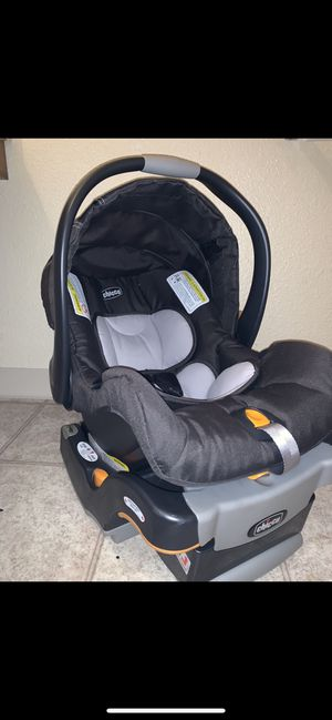 Car seat/ Chicco key fit infant car seat in encore for Sale in Reno, NV